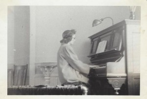10-Ballard-Church-Piano Ida 1950