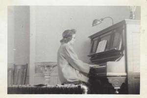 10-Ballard-Church-Piano Ida 1950